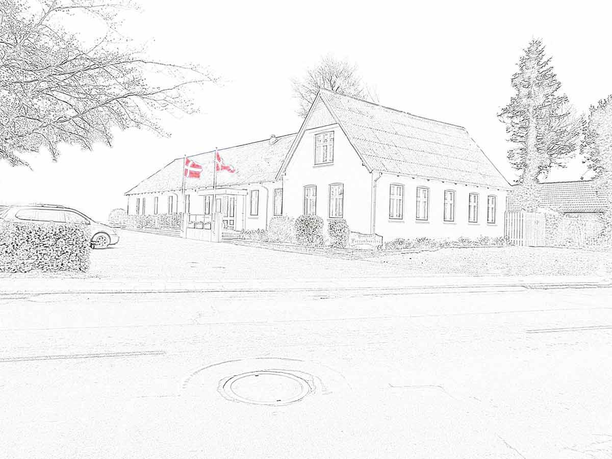 Tegning som viser Hjallese Forsamlingshus som det ser ud, set udefra vejen på adressen i Odense
